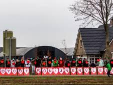 Vreedzaam protest in Raalte tegen 'misdadig' fokken van vleeskonijnen