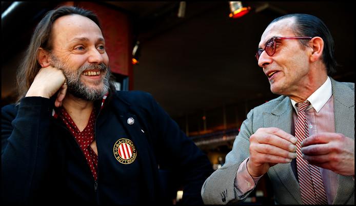 Hugo Borst en Jules Deelder.  'Hij had de P.C. Hooftprijs verdiend.'