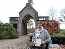 Wie schreef die ontroerende brief op het graf van Waldi (18)?