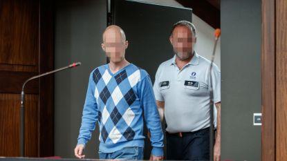 Assisen dood Elly (2,5): doodslag volgens procureur-generaal, opzettelijke slagen volgens beklaagde