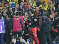 Besiktas weigert restant gestaakte derby met 'Fener' te spelen
