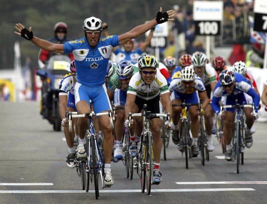 Mario Cipollini sprintte in 2002 naar de wereldtitel in het Belgische Zolder.