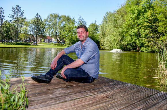 Niels Lybeer (bekend van café 't Fonteintje aan de verlaagde Leieboorden) krijgt een plaatsje op de lijst van Team Burgemeester van Vincent Van Quickenborne.