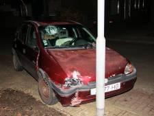 Dronken man klapt op lantaarnpaal in Yerseke, aanhouding en gewonde