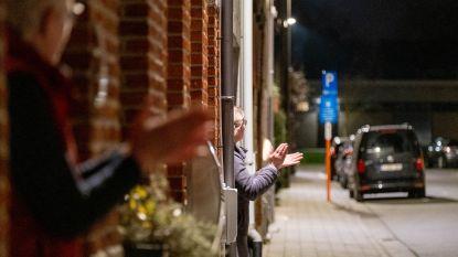 """Maneblussers applaudisseren voor zorgmedewerkers: """"Hartverwarmend. Bedankt Mechelen!"""""""