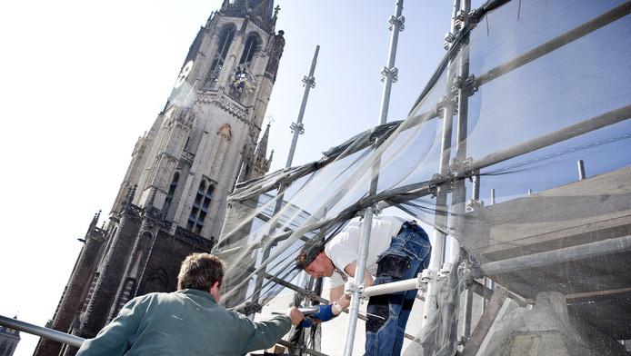 De Nieuwe Kerk zou nieuwe kelders nodig hebben voor toekomstige exploitatie. In kelder I liggen nu ongeveer 2.000 skeletten.