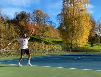 """Back to work"": Federer hervat training na maandenlange revalidatie"