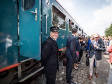 De Blauwe Engel tuft eenmalig door de regio: 'Deze trein is een fenomeen'