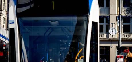 Tram 2, 5 en 12 rijden door aanrijding Stadhouderskade om