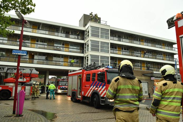 De brandweer is ter plaatse aan het Muntplein in Nieuwegein.