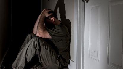 Vandeurzen wil zelfmoordgedachten bij ouderen vroeger helpen detecteren