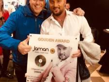 Eindelijk! Na acht jaar heeft Deventer zanger Jaman een gouden plaat