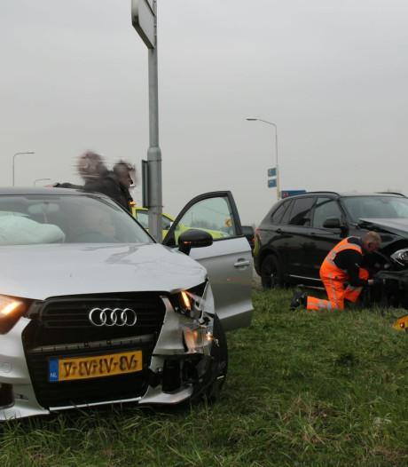File door ongeluk op afrit A1 bij Holten