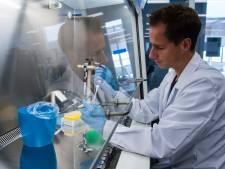 Mega-operatie van start: duizenden coronatests in dierenlab uit Deventer om testcapaciteit uit te breiden