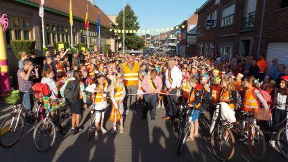 Hospitaalstraat officieel geopend als fietsstraat