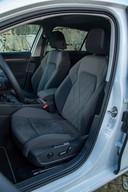VW Golf 8, bestuurdersstoel.