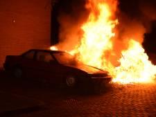 Opnieuw auto's in lichterlaaie in Nijmegen
