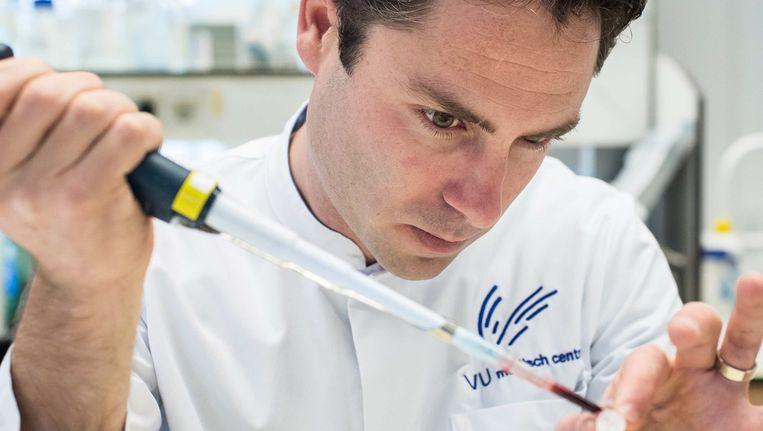 Tom Würdinger en zijn onderzoekteam bij VUmc ontwikkelden een diagnostische technologie, waarmee vroegtijdig kanker kan worden opgespoord. Beeld Mats van Soolingen