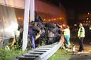 De ravage na het fatale ongeluk op de A12 bij Den Haag