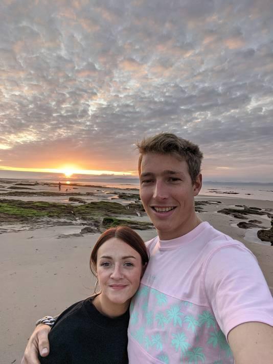 """Freek Bergkotte uit Huissen (31) leeft met zijn Schotse vriendin Hayley in Glasgow. ,,De regelgeving verandert zelfs nu nog bijna elke dag."""""""