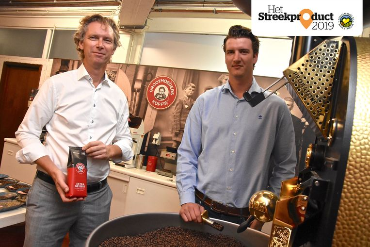 Zaakvoerder Patrick Hanssens en zoon Nicolas van Grootmoeders Koffie.