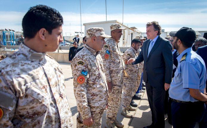Minister van buitenlandse zaken Bert Koenders ontmoet de coast guard van Libië op een Marine Basis bij Tripoli.