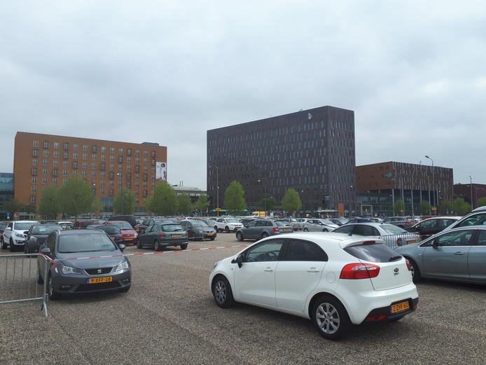De Verenigde Senioren Partij vraagt de wethouder om het parkeren bij het Albert Schweitzer ziekenhuis gratis te maken. Foto ter illustratie.