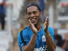 Privé de passeport, Ronaldinho devient... ambassadeur du tourisme au Brésil