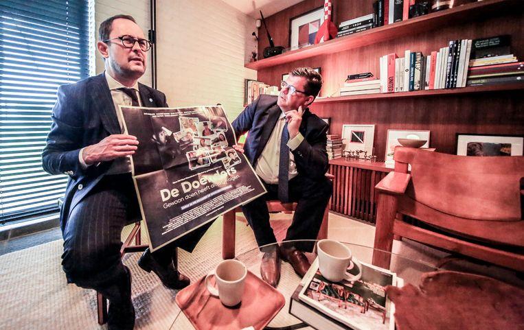 Open Vld bust ook 650.000 grote kaarten in West-Vlaanderen