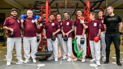 """Pijnders stomen de spieren klaar om meer dan 800 kilogram zware Ros Beiaard te torsen tijdens Ommegang: """"Trainen met personal coach in sportcentrum Meirdam"""""""