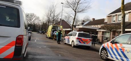 Persoon gewond bij schietpartij in woning Eindhoven, politie zoekt met heli naar daders