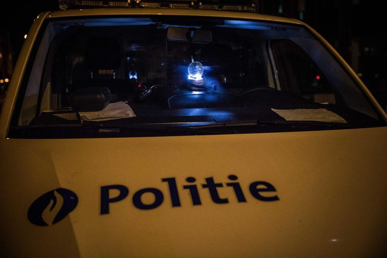 In de politiecombi is het ook een beetje feest.