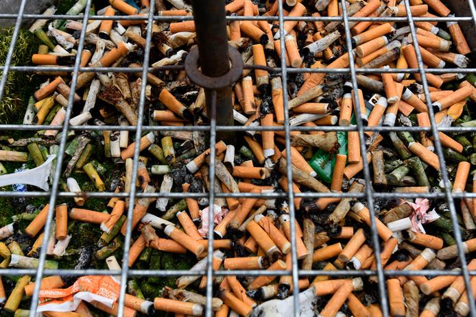 Tientallen horecamedewerkers uit Almelo gaan de strijd aan met de sigaret.