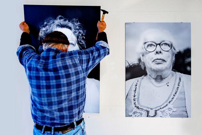 Fotograaf Rick Nederstigt exposeert met foto's van cliënten van Aveleijn.
