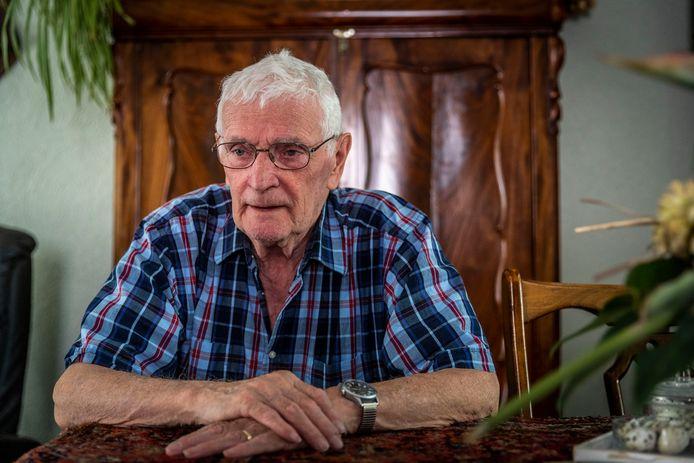 """Willie Strijbosch uit Milheeze is opgelicht en 25.000 euro kwijt: ,,Gelukkig dat mijn auto net door de keuring is en dat ik die niet hoef te vervangen."""""""