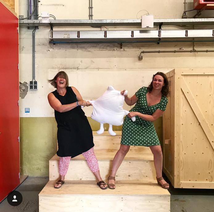 Nicole & Kariene van Beers|Brickworks