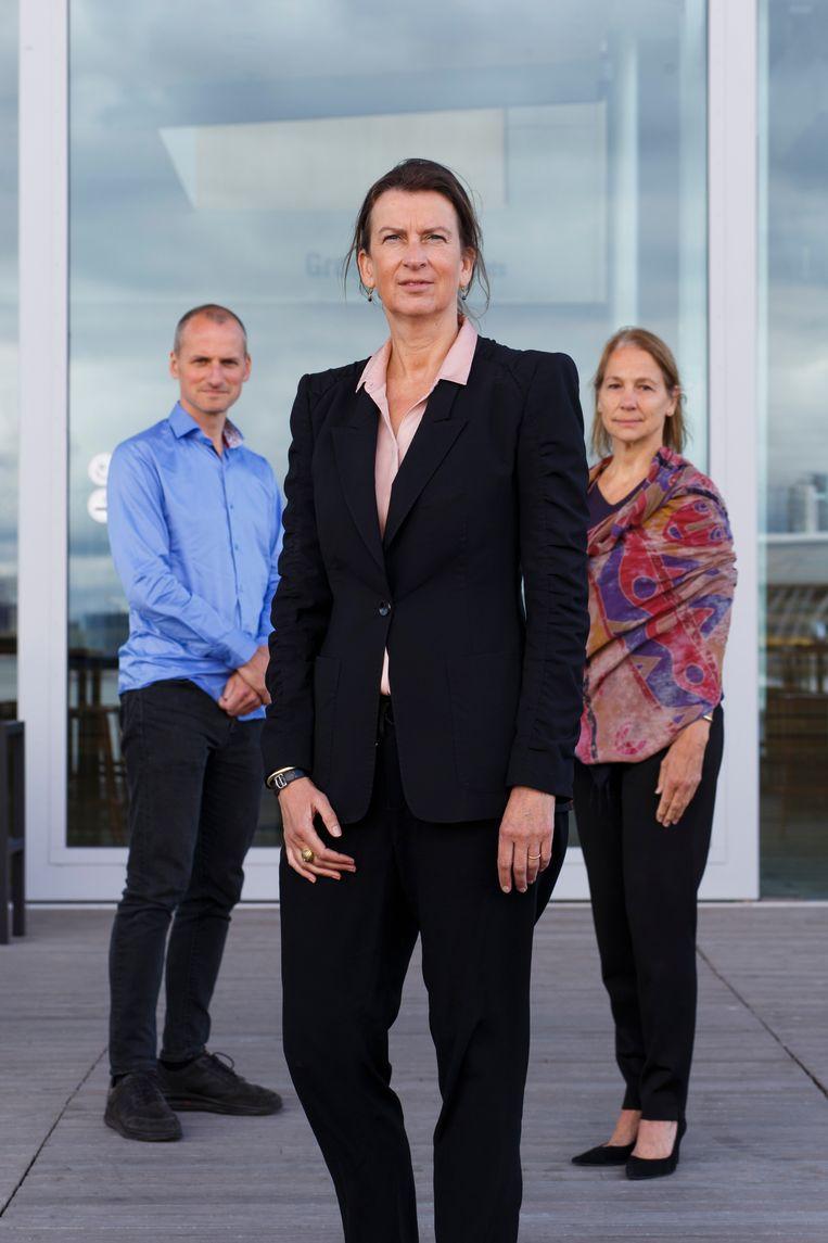 Festivaldirecteur Emily Ansenk (midden) met programmamanagers Annemieke Keurentjes en Jochem Valkenburg (links).   Beeld Wollaert Carly