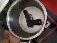 Man opgepakt om vuurwapen in huis in Woensdrecht