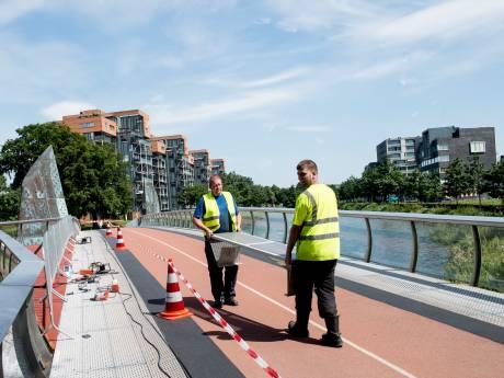 Bouwer ingestort dak AZ-stadion was hoofdaannemer van 'blunderbrug' in Apeldoorn