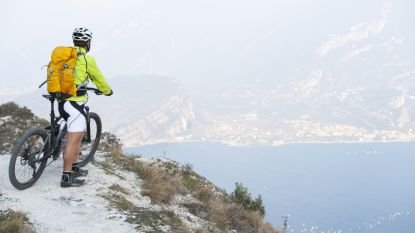 Belgische fietser stort 50 meter naar beneden in Italiaanse bergen