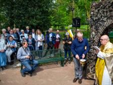 Gerenoveerde Mariagrot in Groesbeek ingewijd