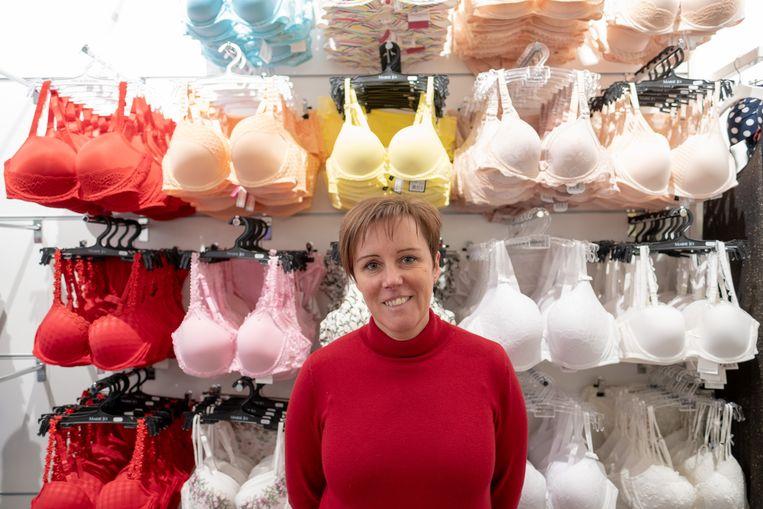 PUURS SINT-AMANDS: Katy Hauman heropent haar lingeriezaak Pekastya in de Hoogstraat.