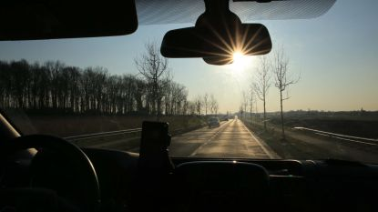 20% meer ongevallen en langere files door laaghangende zon