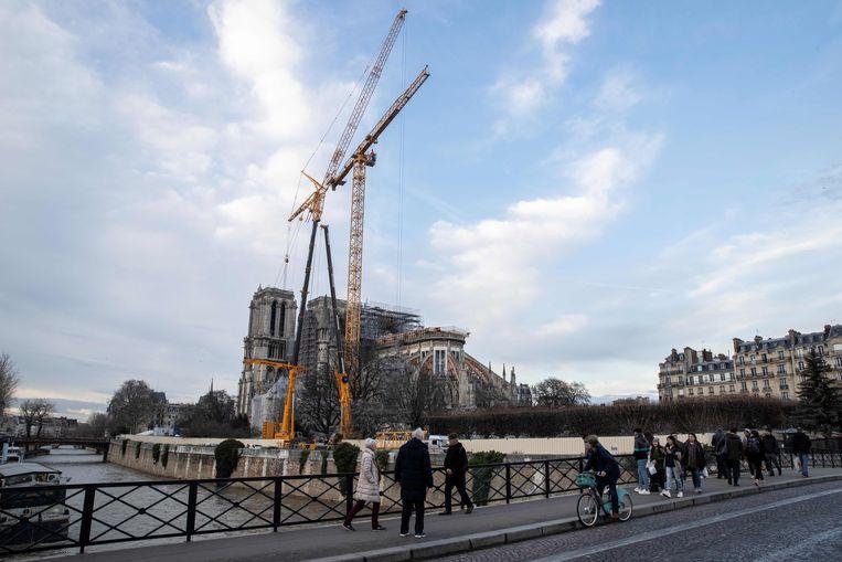 De Notre-Dame staat in de steigers.