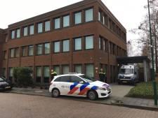 EOD maakt bombrief bij bedrijf in Leusden onklaar, afdeling ontruimd