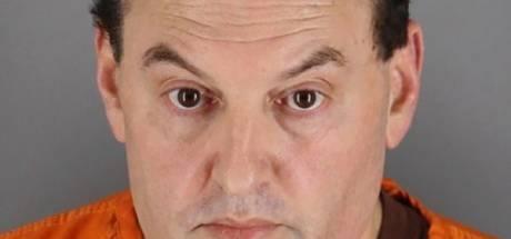 Amerikaan aangeklaagd voor moord uit 1993 nadat hij vorige maand servet weggooide