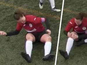 Une footballeuse se disloque le genou, le remet violemment en place et termine le match