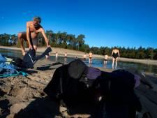 Winterzwemmen is 'hot' en goed voor een vitaal leven