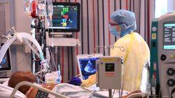 """Ziekenhuizen houden hart vast: """"Het kan nu heel snel gaan. Dat hébben we al eens gezien"""""""