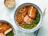 Wat Eten We Vandaag: Noodle bowl met gefrituurde tofusteak
